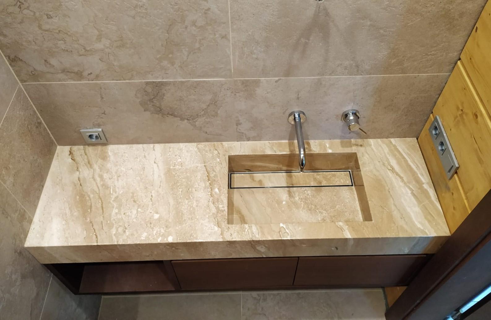 marmora vannas istaba