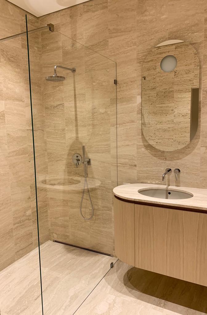 granīta vannas istaba