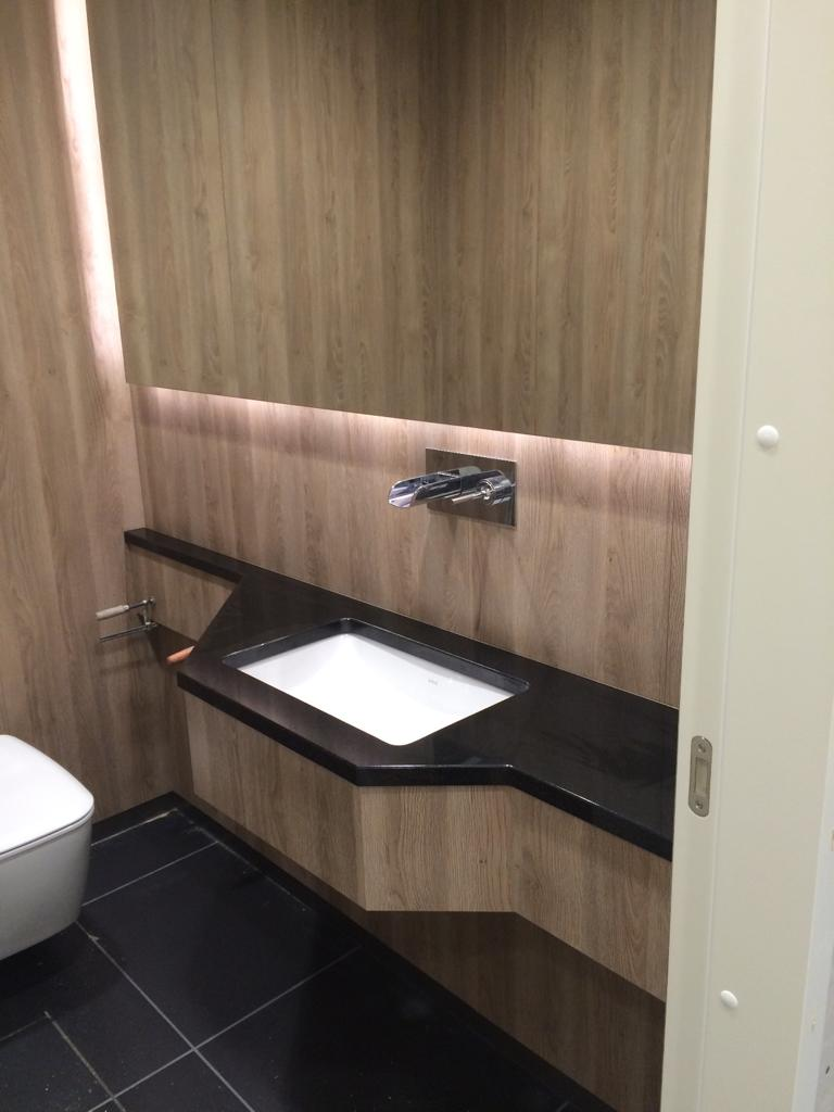 akmens vannas istaba