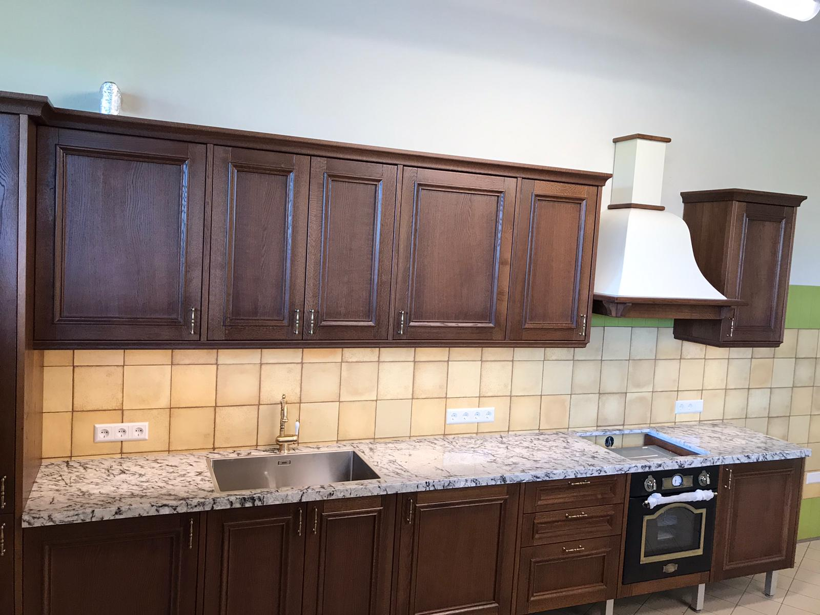 cik maksā akmens virtuves virsma